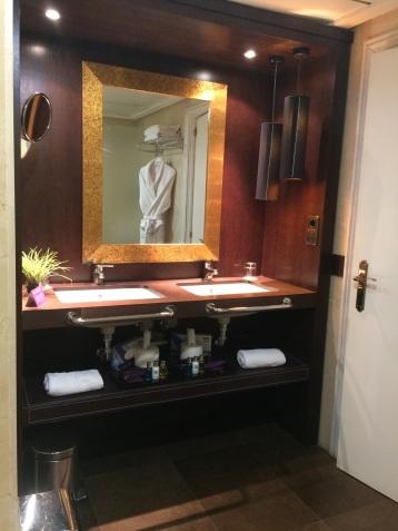 Badkamer Ayre Hotel